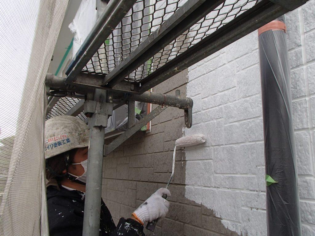 さいたま市外壁塗装,埼玉県川越市,外壁塗装,屋根塗装,ガイナ,遮断熱塗料,家の塗り替え,下塗り