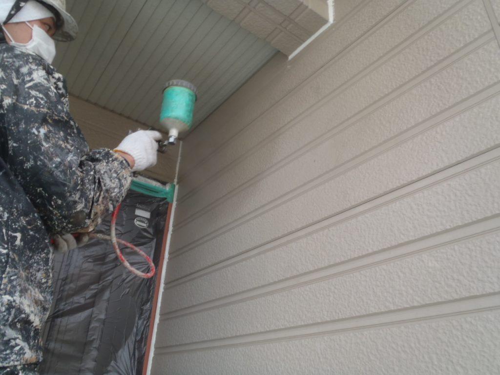 埼玉県,さいたま市外壁塗装,屋根,外壁,塗装,水性ペリアート,高級感,重厚感,高品質,オーバーコート,独自,最高品質,下塗り