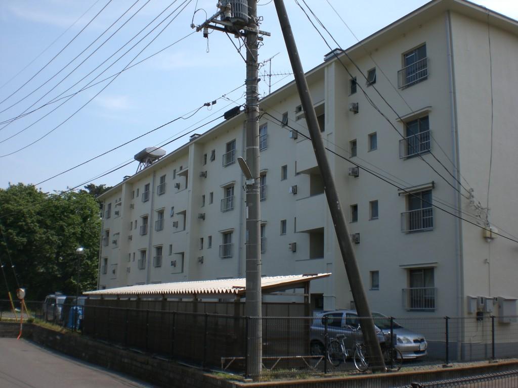 外壁塗装工事,防水工事,ひび割れ,補修工事,さいたま市見沼区,外壁剥がれ,埼玉県,エポキシ樹脂