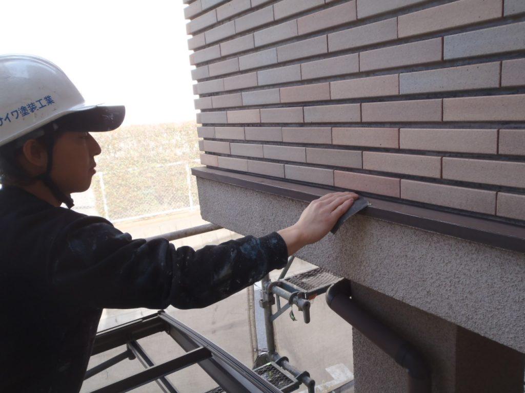 さいたま市,さいたま市塗り替え,一般住宅,家塗り替え,埼玉県,千葉県塗り替え,外壁塗装,中塗,外壁板金下地処理