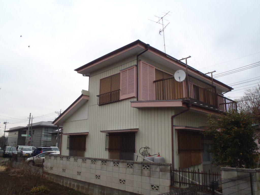 蓮田市,さいたま市外壁塗装,家の塗り替え,屋根外壁塗り替え,カラフルなお家,施工前