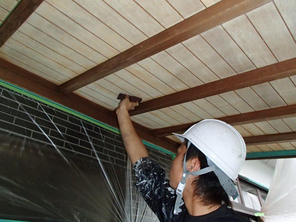 埼玉県,さいたま市,さいたま市外壁塗装,光触媒,光触媒外壁塗装,エポキシ樹脂,補修,ひび割れ,下地処理,家の塗り替え,軒天ケレン