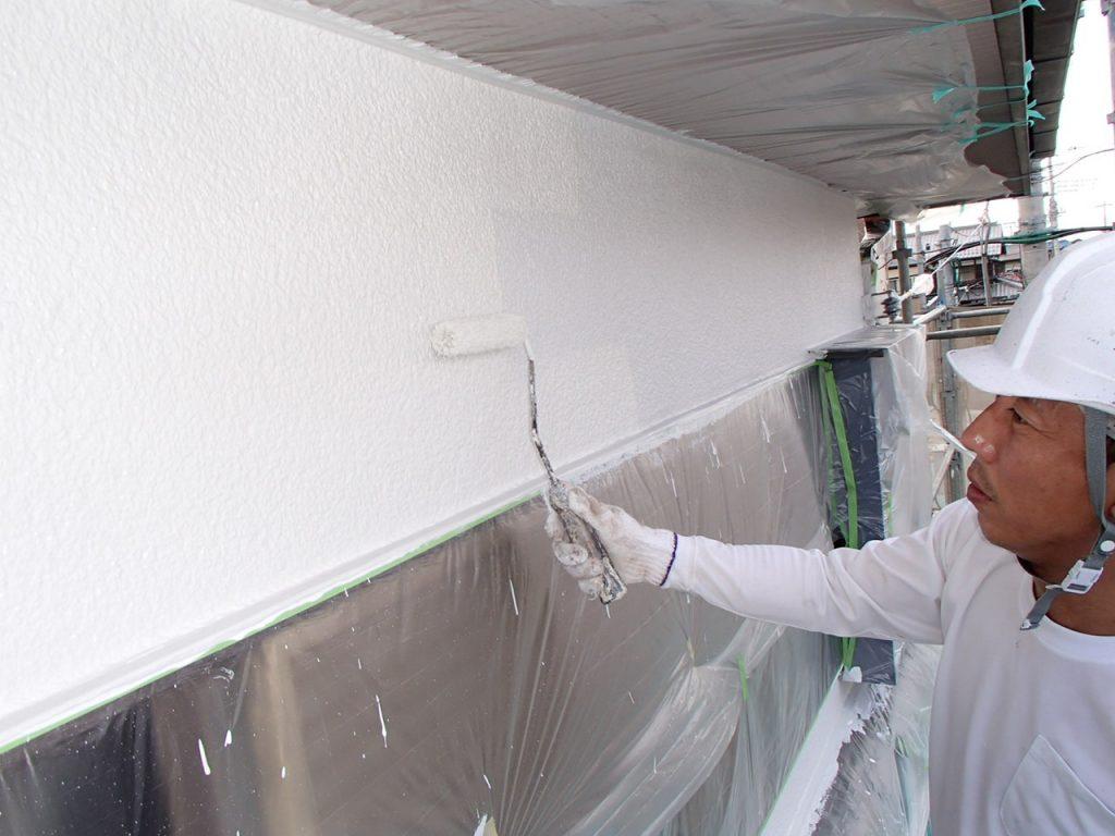 埼玉県,さいたま市,さいたま市外壁塗装,光触媒,光触媒外壁塗装,エポキシ樹脂,補修,ひび割れ,下地処理,家の塗り替え,外壁下塗り