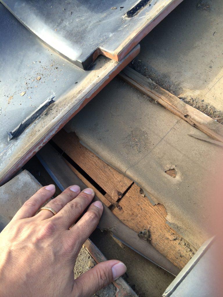 埼玉県,さいたま市外壁塗装,屋根外壁塗装,雨漏り119,雨漏り調査,漏水状況,内部漏水状況,散水調査,雨漏り,さいたま市雨漏り,瓦屋根,アパート,さいたま市外壁塗装,埼玉県塗装,さいたま市西区雨漏り,シーリング,シーリング工事,アパートアパート塗装,ルーフィング