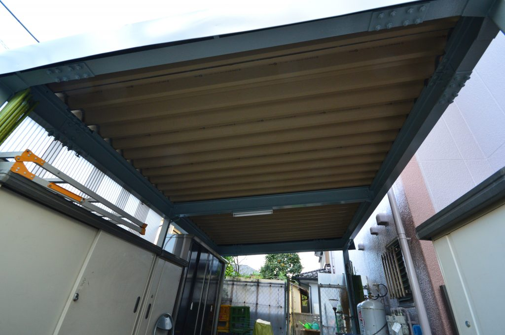 駐車スペース天井塗装