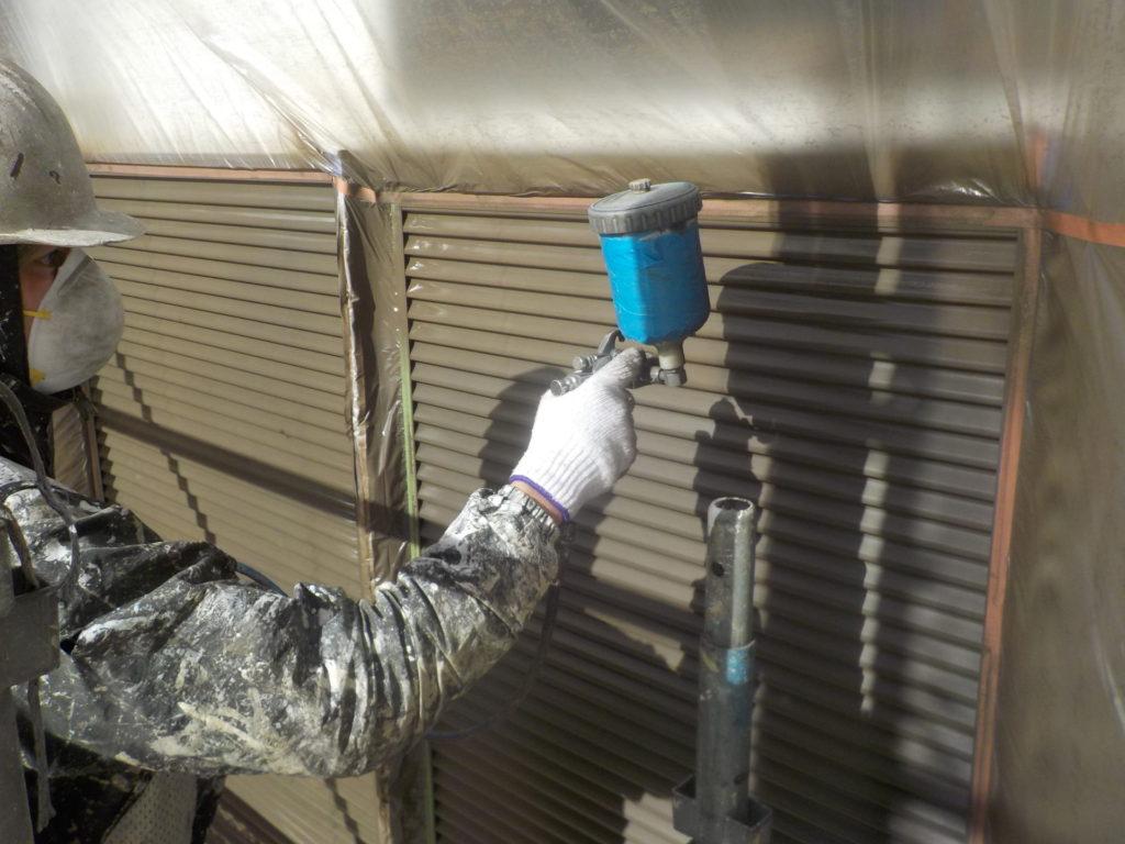 さいたま市西区西遊馬 雨戸塗装 さいたま市サイワ塗装工業