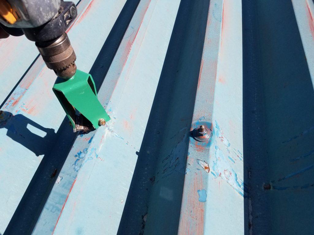 折半屋根 塗装 ボルト下処理