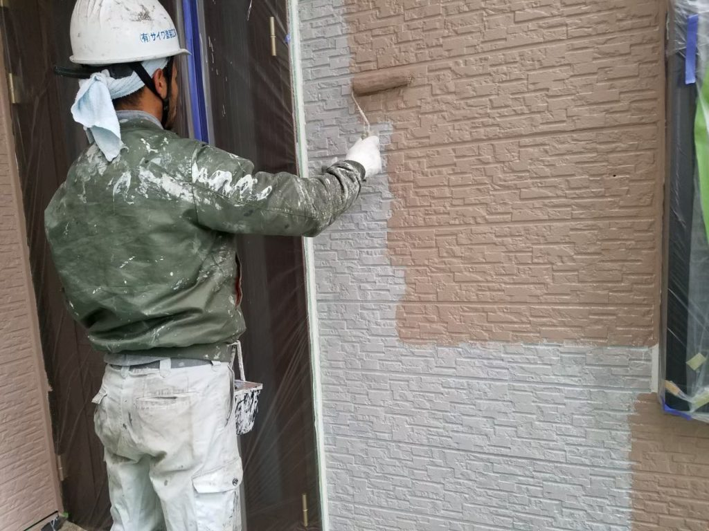 外壁塗装 ベージュ系 アステック