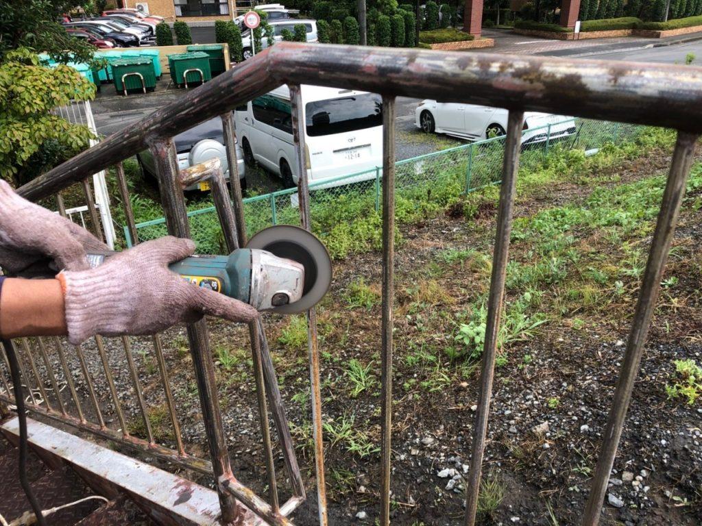 ディスクサンダー ディスクペーパー 外鉄骨階段 ケレン さいたま市西区 サイワ塗装
