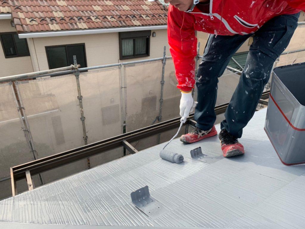屋根の塗装 上尾市屋根塗装 下塗り