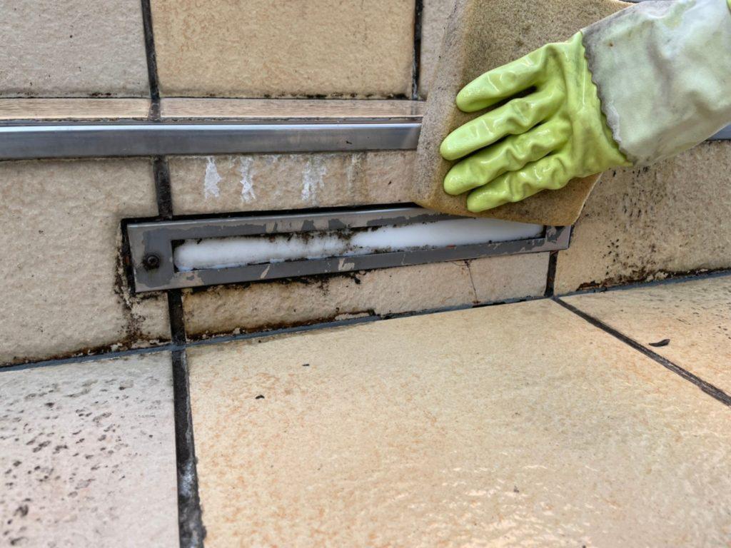 タイル汚れ除去 エフロ除去 タイル清掃 さいたま市北区 防滑工事