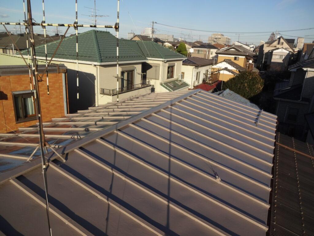 屋根の塗装 サーモアイ クールローズブラウン