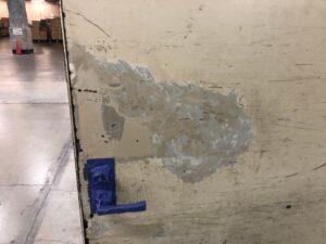 皮脂軟化 脆弱部除去後 下地処理 さいたま市 扉