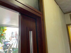 玄関周りのリフォーム LIXIL 玄関ドア交換