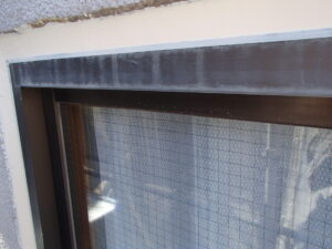 外壁塗装 さいたま市西区 サイワ塗装工業 サッシ廻り清掃