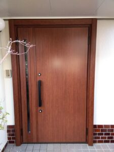 外壁塗装 玄関ドア取付 さいたま市西区 サイワ塗装工業